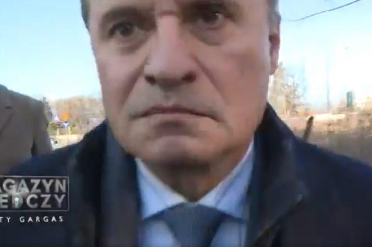 u89yh 730x485 - Leszek Czarnecki zaatakował   operatora TVP. Zobacz nagranie!